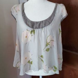 ANTHROPOLOGIE Fei 100% silk trapeze peony blouse